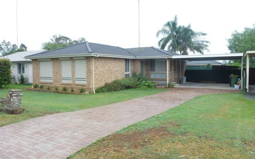 10 Hatchinson Cres, Jamisontown NSW 2750