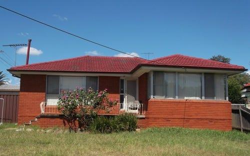 18 Foreman Street, Glenfield NSW