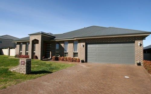 99 DIAMOND DRIVE, Glenroi NSW 2800