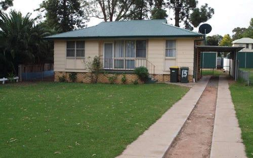 15 Lakedrive, Narrandera NSW 2700