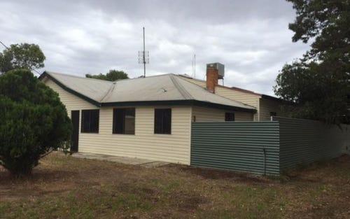 14 DAMPIER Street, Wakool NSW 2710