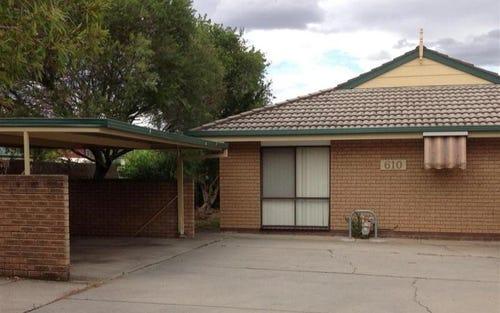 1/610 Kemp Street, Lavington NSW 2641