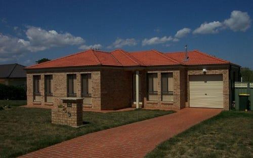35 QUINLAN RUN, Orange NSW