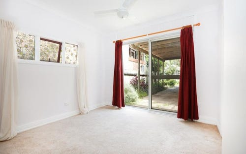 1 FLAT LAKESIDE ROAD, Narrabeen NSW