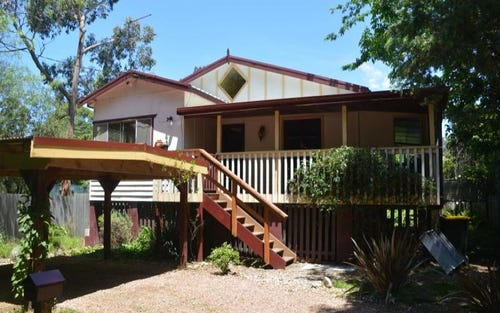 40 Connells Close, Mossy Point NSW 2537