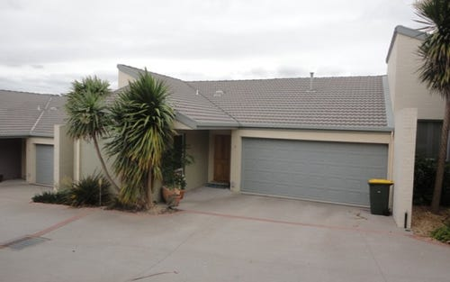 3/11 Doeberl Place, Queanbeyan ACT