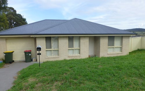1 Pirena Place, Lithgow NSW