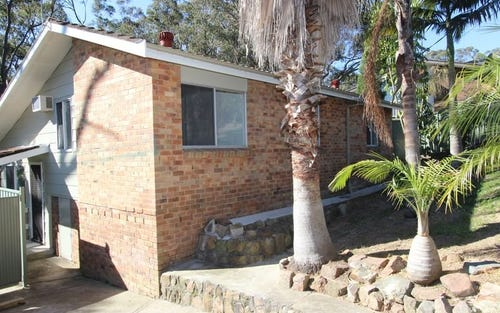 8 Bulkirra Place, Bolton Point NSW 2283