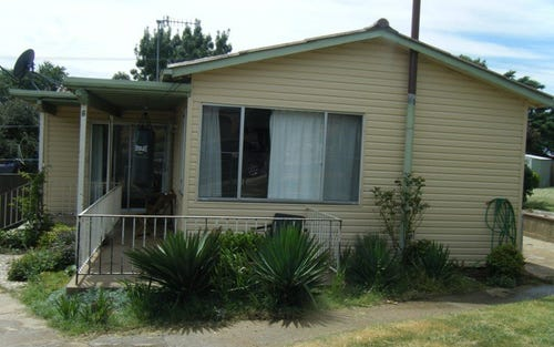 6 Wooran STREET, Cooma NSW 2630