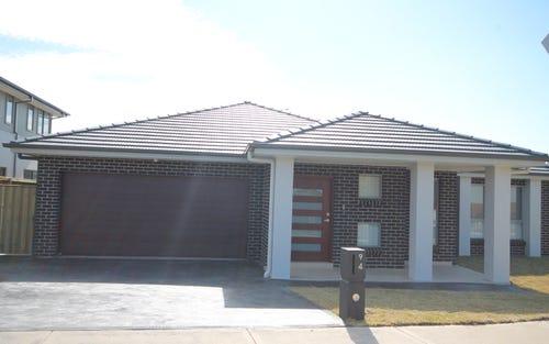 94 Holliday Ave, Edmondson Park NSW