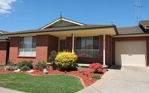 7/386-388 Peisley Street, Bletchington NSW 2800