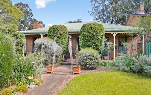 2 Selkirk Place, Camden South NSW 2570
