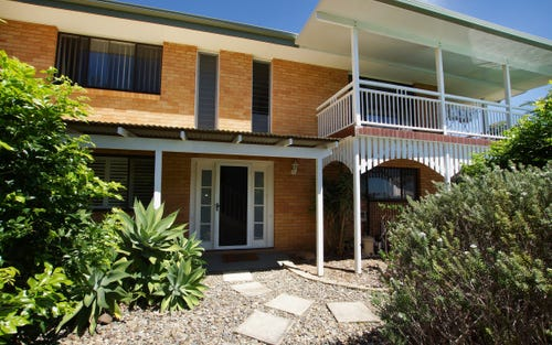 7 Links Avenue, Korora NSW