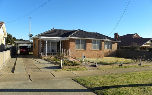 13 BARONGA ST, Cowra NSW