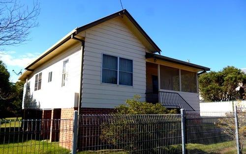 13 Macquarie Street, South Kempsey NSW 2440