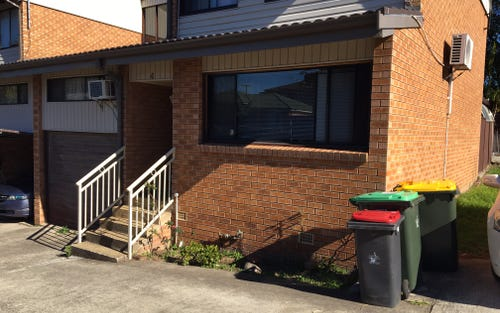 4/155 Greenacre Road, Greenacre NSW