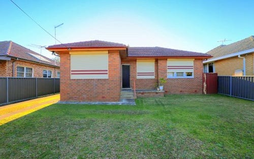 10 Ogmore Ct, Bankstown NSW 2200