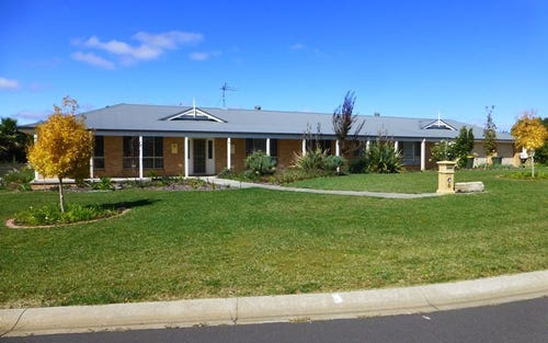6 Kerr Place, Kelso NSW 2795