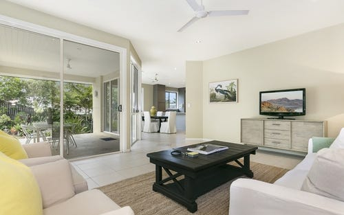 2/7 Scenic Rd, Kenmore NSW 4069