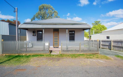 4 Lewis St, Greta NSW 2334