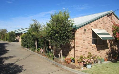 4/13 Chelmsford Street, Tamworth NSW