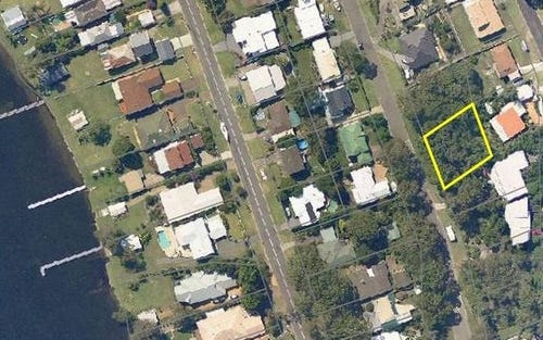 81 Alkrington Avenue, Fishing Point NSW 2283