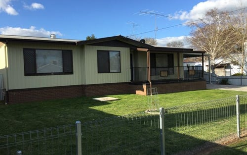 15 Crown Street, Narrandera NSW 2700