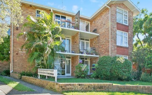 4/10 Grafton Crescent, Dee Why NSW