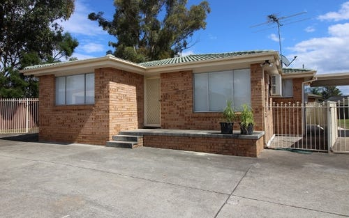23 Francis Greenway Ave, St Clair NSW