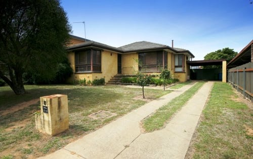 10 Temerloh Avenue, Tolland NSW 2650