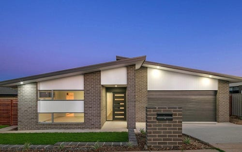 95 Langtree Crescent, Crace ACT 2911