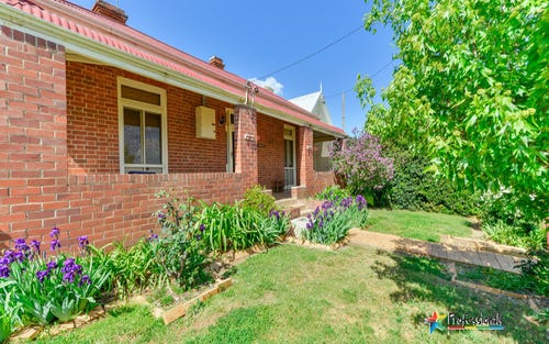 70 Griffin Avenue, Tamworth NSW 2340
