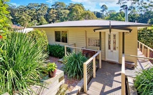 17 Reynolds Rd, Avoca Beach NSW 2251