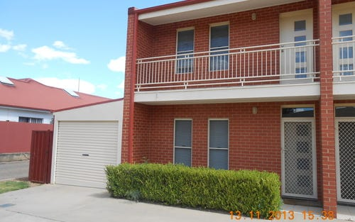 1/33 Blake Street, Galore NSW 2650