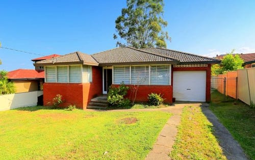 11 Arana Close, Georges Hall NSW 2198