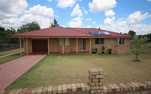 227 Bulwer Street, Tenterfield NSW 2372