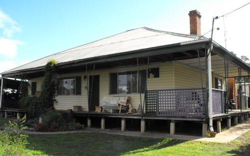 2 CAVE STREET, Ganmain NSW 2702