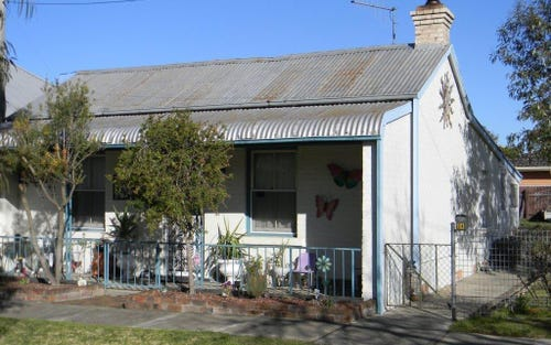 24 CHANTRY STREET, Goulburn NSW 2580