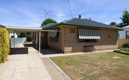 43 Centenary Avenue, Cootamundra NSW