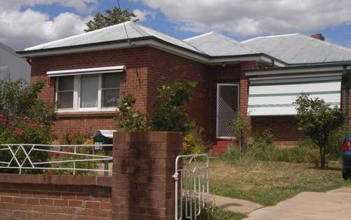 59 West Street, Gundagai NSW 2722