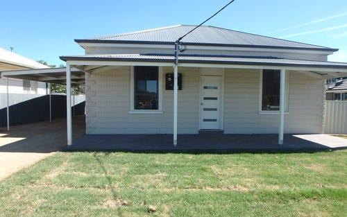 216 DeBoos Street, Temora NSW
