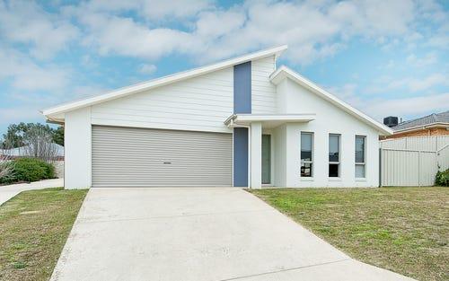 1/32 Whitton Drive, Thurgoona NSW 2640
