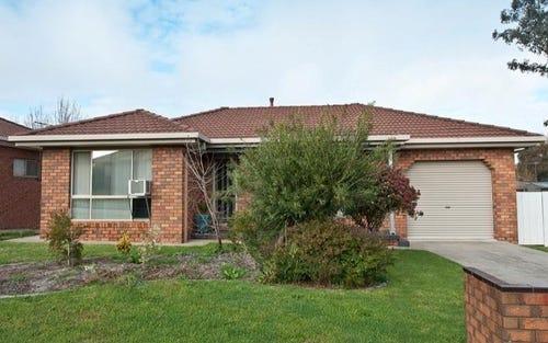 2/3 Mitta Grove, Lavington NSW 2641