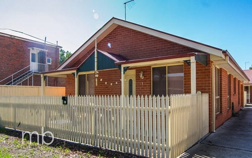 1/10 Seymour Street, Bathurst NSW 2795