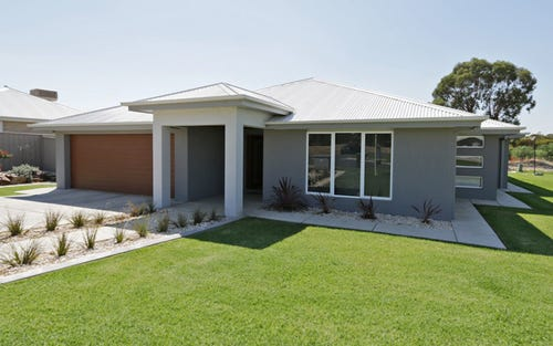 78 Messenger Avenue, Estella NSW 2650