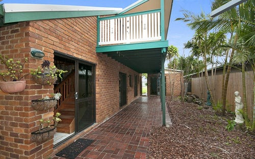 25 Alcorn, Suffolk Park NSW 2481