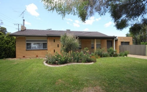 16 Maher St, Tolland NSW 2650