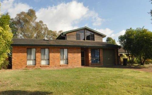 10 Miriyan Drive, Kelso NSW 2795