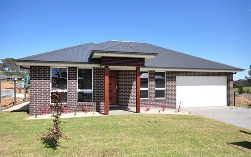 87 William Maker Dr, Bletchington NSW 2800