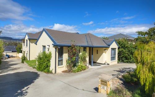 16 Terrara Close, Jerrabomberra NSW 2619